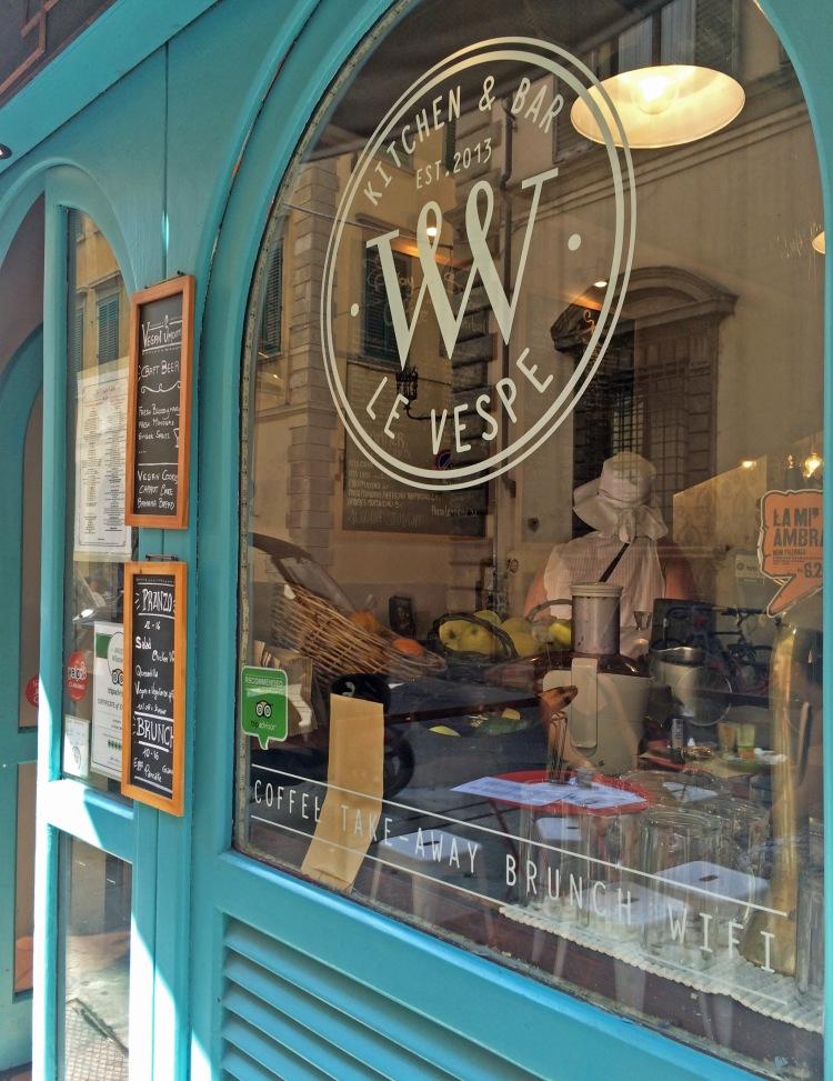 Le Vespe's store front.