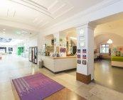 lobby--v15897738