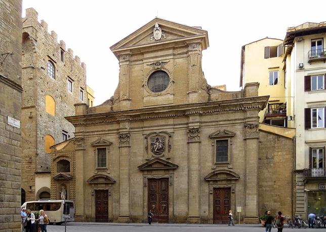 Chiesa Santa Trinita Via Tornabuoni Florence Ghirlandaio