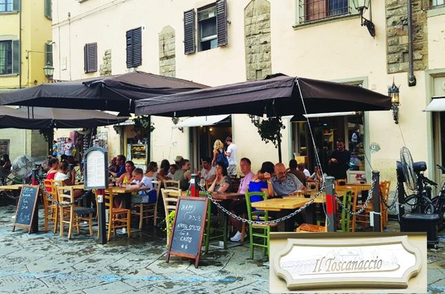 Restaurant Piazza San Firenze Il Toscanaccio Florence Outdoor Dining